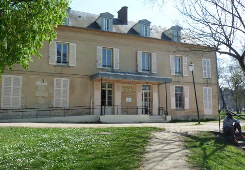 CMPP et du SESSAD créés dans les années 70 de la région de Cergy-Saint-Christophe, Saint-Ouen l'Aumône et de Magny-en-Vexin