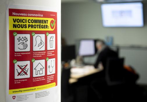 image d'une affiche avec les messages de prévention