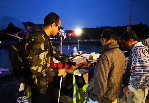 Les souffleurs d'images en action lors de Nuit Blanche 2018 Photo : Catherine Mangin